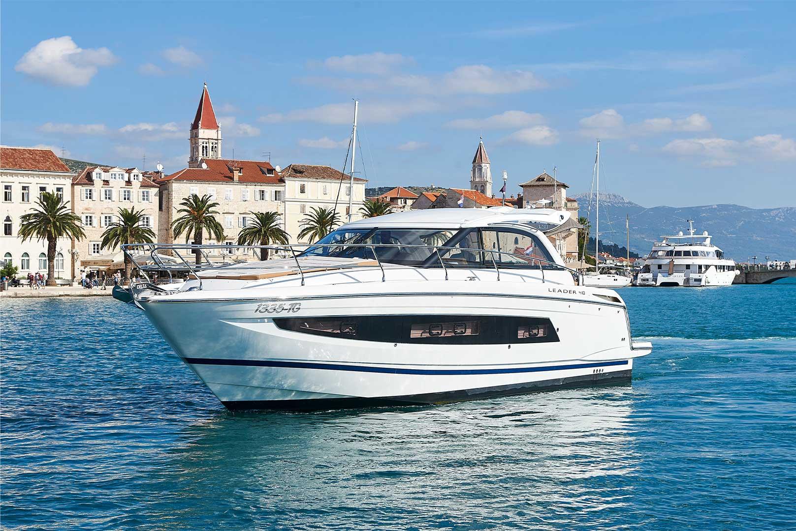 Boat offer background image