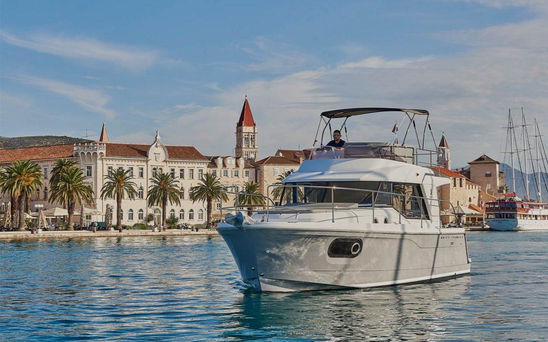 Beneteau Swift Trawler 30 FLY