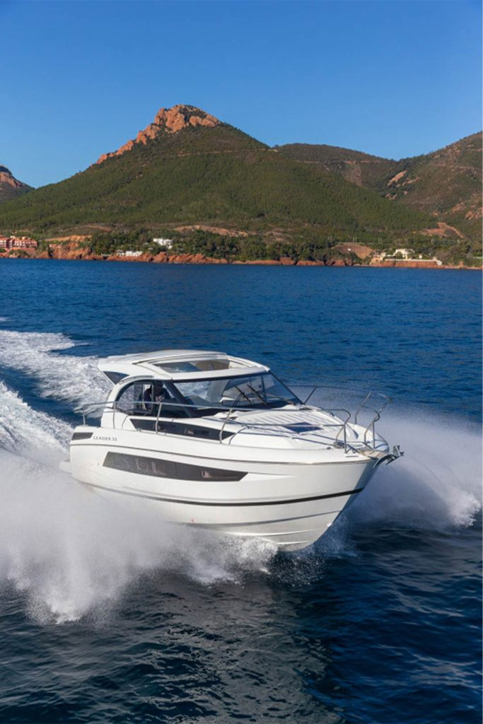 Leader33-boat-sales-img42